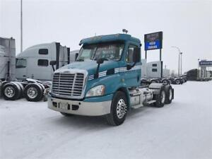2013 FREIGHTLINER DAYCAB CASCADIA 113