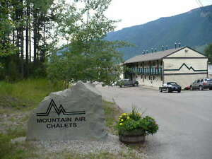 1 BEDROOM FULLY FURNISHED CONDO FOR RENT IN SPARWOOD