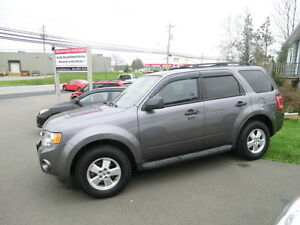 2010 Ford Escape XLT AWD Clean No Rust 116475 kms