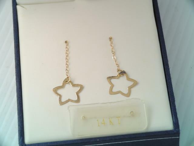 VINTAGE SOLID 14K GOLD OPEN STAR DANGLE EARRINGS IN BOX