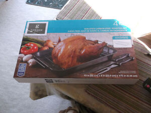 Non Stick Carbon Steel Roasting Set NEW Never opened.