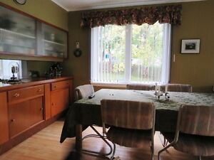 Excellent Family Home Near MUN St. John's Newfoundland image 7