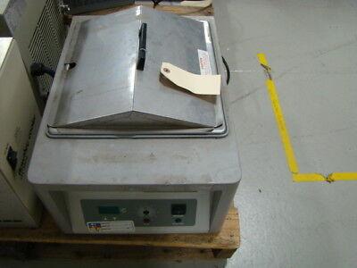 Vwr Scientific Products 9020916 Water Bath Model 1235 120v