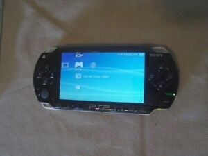 Sony handheld Playstation PSP œ
