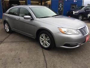 2013 Chrysler 200 - $9,650