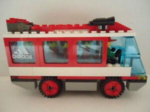 Lego Soccer 3426 Team Transport Red 6 Mini Figures
