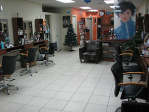Chair Rental for Hairdresser in Kirkland West Island Hair Salon