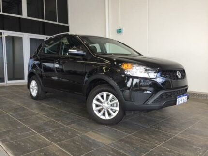 2015 Ssangyong Korando C200 MY14 Update S Space Black 6 Speed Manual Wagon