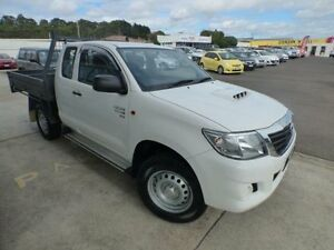 2013 Toyota Hilux KUN26R MY12 SR (4x4) White 5 Speed Manual Devonport Devonport Area Preview