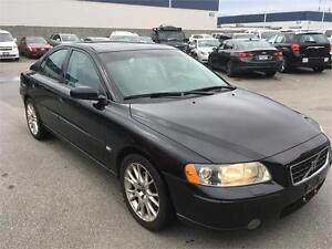2005 Volvo S60 2.5L TURBO balck on black sunroof