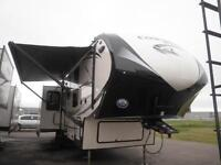 2015 BROOKSTONE 315 RL - NEW FIFTH WHEEL-REAR LIVING AT ITS FINE