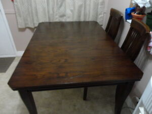 SOLIDWOOD DINNING RM TABLE,CHAIRS&LEAF