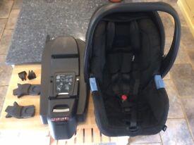 Recaro Privia Rear Facing Baby Car Seat with Isofix Base. 2014 model in Black