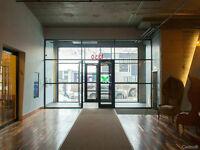 Bureau style loft, poss. meublés, Office space Marché Centrale !