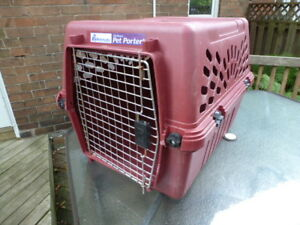 Large Pet Animal carrier Petmate Deluxe Pet Porter