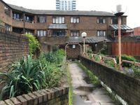 ALDGATE EAST, E1, SPACIOUS 3 DOUBLE BEDROOM APARTMENT WITH COMMUNAL GARDENS