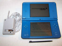 *****BLUE NINTENDO DSI XL IN THE BOX + MANY GAMES AVAILABLE*****