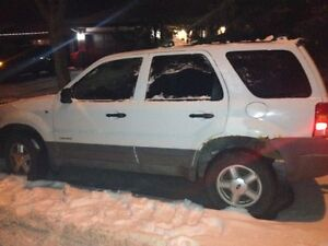 2001 Ford Escape SUV needs some repairs