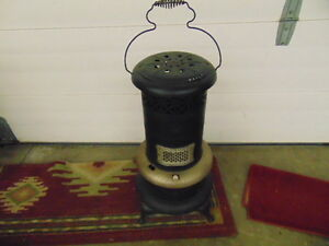 PERFECTION OIL HEATER PORTABLE 1920S