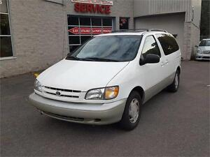 1999 Toyota Sienna LE CUIR TOIT MAGS West Island Greater Montréal image 2