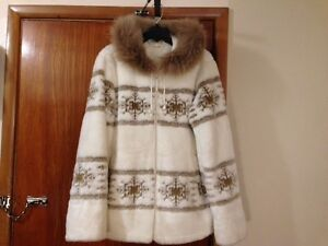 Fox fur trimmed Snowflake winter coat-sz L