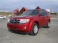 2011 Ford Escape XLT V6 AWD. Leather. No Accidents! Best Value!!