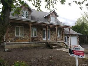 Great FIXER-UPPER in Longueuil!