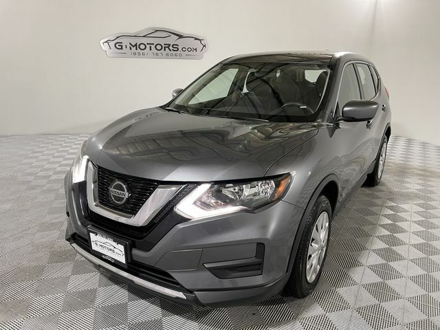 2018 NissanRogueSV Sport Utility 4DGRY