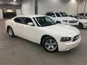 DODGE CHARGER 2010 AUTO / AC / MAGS / 155000KM!
