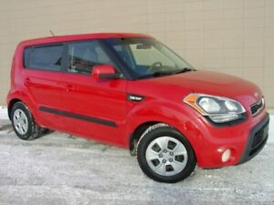 2012 Kia Soul Automatic! Bluetooth! Loaded!