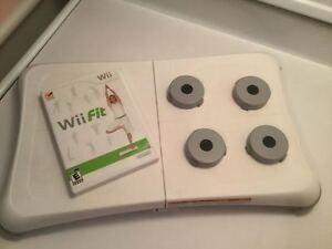 Wii planche wii fit + jeu complet en parfait etat - 30$