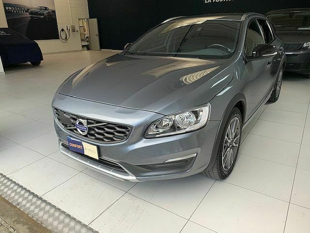 Volvo V60 Cross Country Cross Country D3 Geartronic Momentum