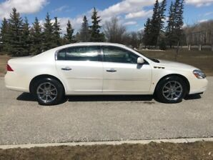 2008 Buick Lucerne CXL with only 82K!!! Beautiful Pearl white!!