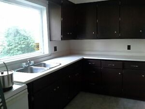 only 1 block to UWindsor, MOVE IN TODAY, large room