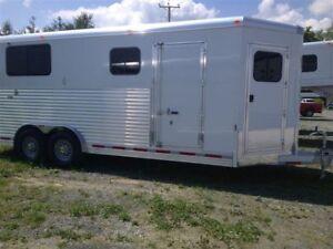 2013 ADAM horse BP trailer