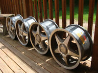Rims off 1988 Nissan 300ZX For Sale