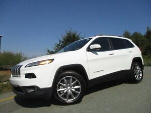 2017 JEEP CHEROKEE LIMITED (4X4, 3.2L V6, PANO ROOF, HEATED/COOL