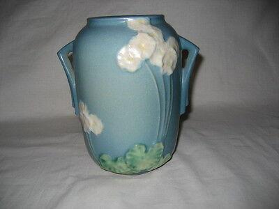 VINTAGE ROSEVILLE POTTERY PRIMROSE DOUBLE HANDLED VASE BLUE/GREEN 761-6