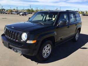 2015 Jeep Patriot WOW! 4X4 FOR ONLY 119 B/W!