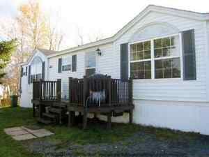 21 Coleton Court - Spacious 16' Wide Home