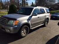 2002 Toyota Sequoia Limited SUV, Crossover
