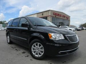 2016 Chrysler Town & Country TOURING, NAV, HTD. SEATS, BT, 24K!