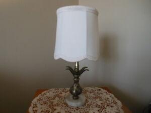 UNE MAGNIFIQUE LAMPE DES ANNÉES 1950
