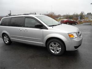 2010 GRAND CARAVAN, 7 PASS, NEW MVI, FULL STOW AND GO...