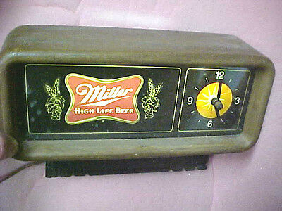 Vintage 1980 Miller High Life Beer bar clock lighted light sign
