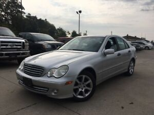 2005 Mercedes-Benz C230*ACCIDENT FREE*LOW KM