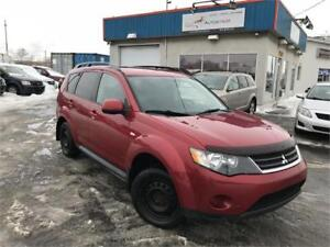 MITSUBISHI OUTLANDER 2009 AWD / 4 CYLINDRES / MAGS / 8 PNEUS !!