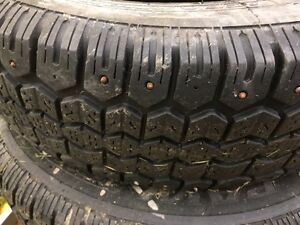 Uniroyal Tiger Paw Studded Winter tires P205/70/R14 West Island Greater Montréal image 2