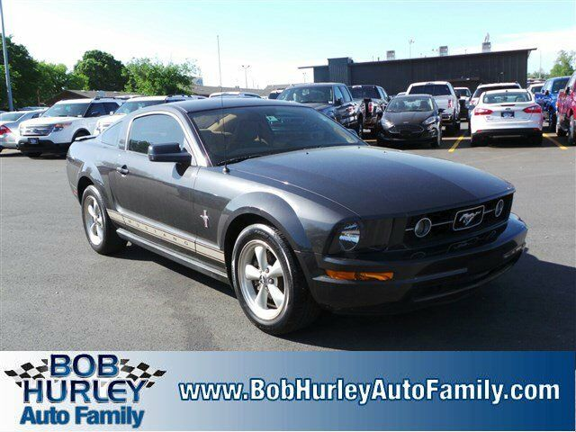 2007 ford mustang deluxe coupe 4 0l cd rear wheel drive. Black Bedroom Furniture Sets. Home Design Ideas