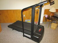 Pro Form EKG Grip Pulse Treadmill